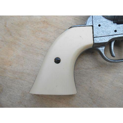 Sixgun Grips Denix Ivory Plastic - Relics Replica Weapons