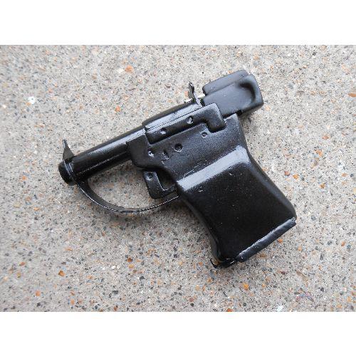 Liberator WW2 single shot wooden replica pistol - Relics Replica Weapons