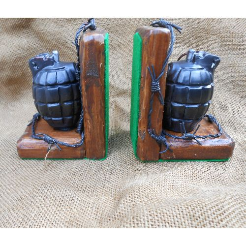 MILLS WW2 36M GRENADE BOOKENDS WAR ART REPLICA  - Relics Replica Weapons