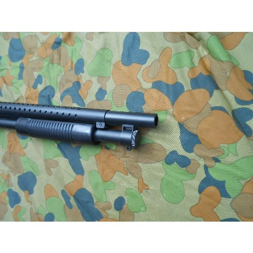 Mossberg 500 style pump action tactical military shotgun - Relics Replica Weapons
