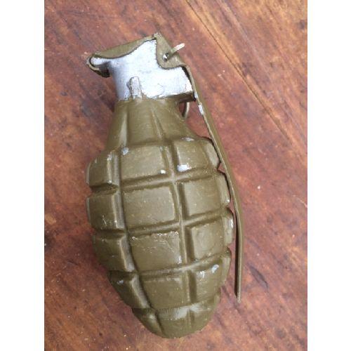 American WW2 hand grenade Pineapple - Relics Replica Weapons