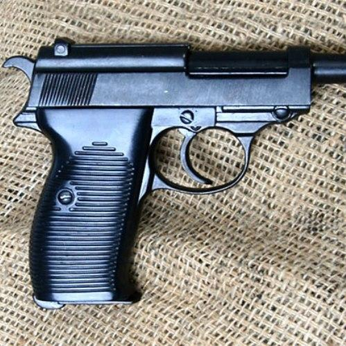 Walther P38 metal replica pistol with infamous German military slick cocking and dry firing action - Relics Replica Weapons