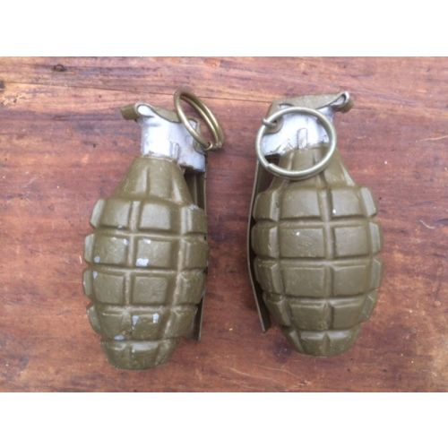 American WW2 hand grenade Pineapple - Relics Replica Weapons