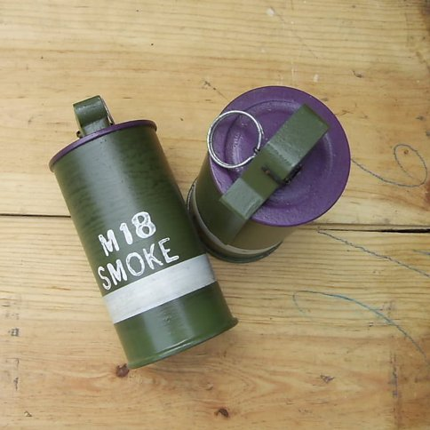 M18 American Forces Smoke Grenade - Relics Replica Weapons